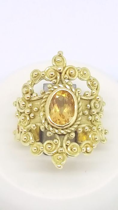 Baroque style ring in 18 kt yellow gold with central citrine stone - Size 10 - Weight 8.05 g