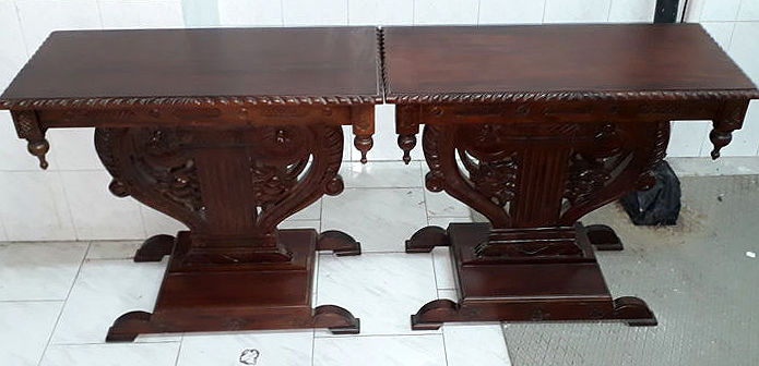 Two mahogany bedside tables - richly decorated - 20th century