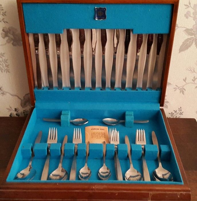 Set of 38 vintage cutlery by Monogram with a wooden box