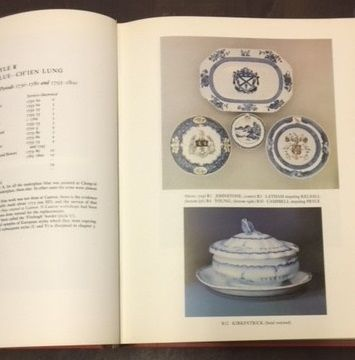 Chinese Armorial Porcelain, Howard, David Sanctuary by Faber and Faber Limited, London (1974)