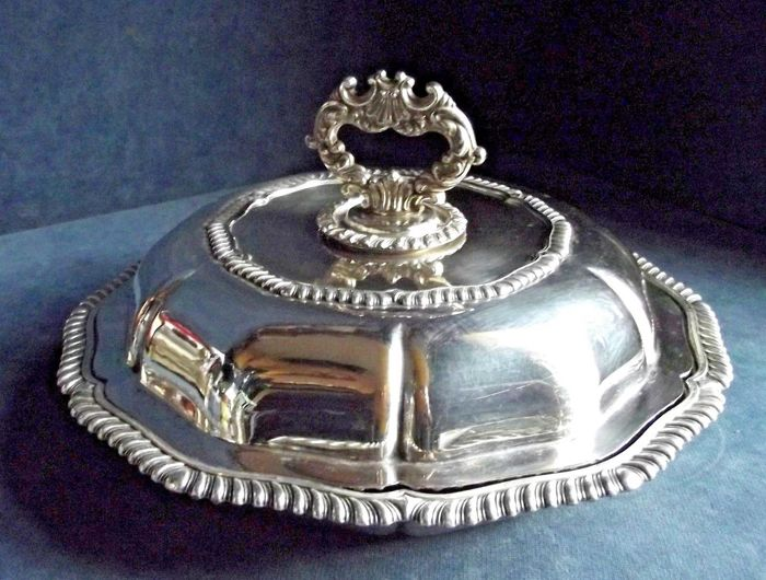 An ancient beautiful soup plate with lid - 925 silver plated - circa 1880