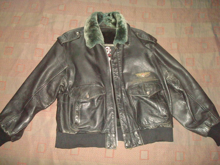 AVIATION co Air Force JKT - US Army Style - 3 SAFE. Pilot / aviator / aviation jacket, natural leather, for men, vintage