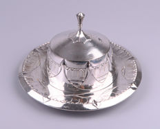 Lorenz Hofelich for Osiris - Isis - Art Nouveau silver-plated pewter butter dish