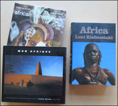 Lenie Riefenstahl, Pascal Maître and Carol Beckwith - Lot wtih 3 photobooks about Africa - 2002 / 2005