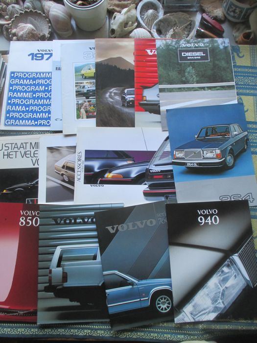 Car brochures (Volvo, including 740/760/240/343, 14x, 1977-1996)