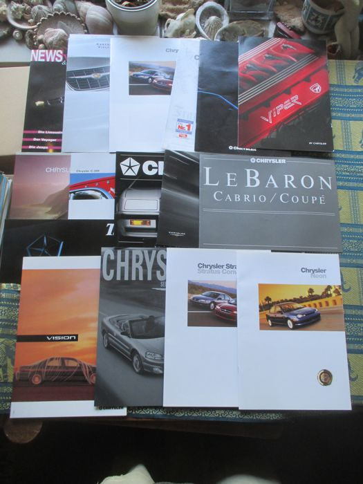 Car brochures (Chrysler, including LeBaron/Vision/Viper, 17x, 1989-2003)
