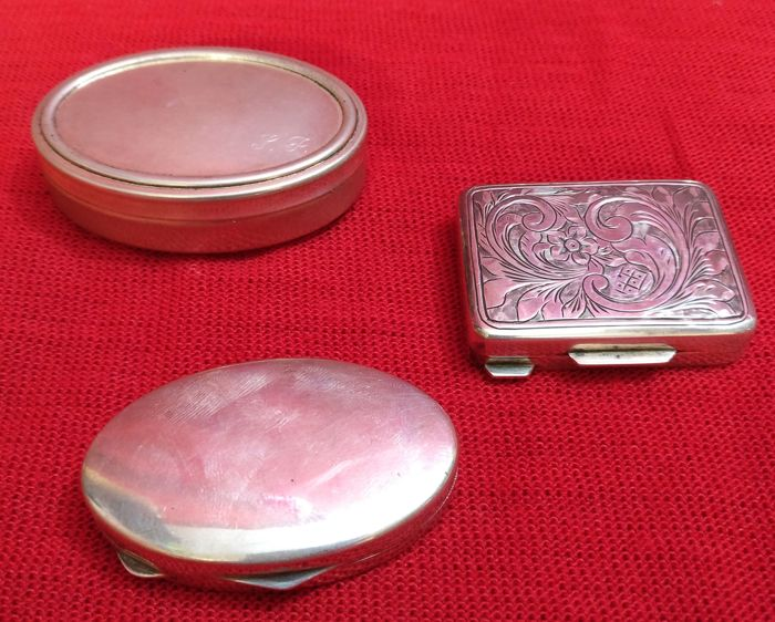 Set of Three Pillboxes, Silver 800 Italy, 20th c
