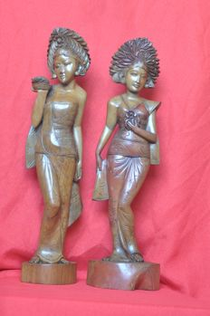 Two Balinese carvings of ladies - Bali - Indonesia - 2nd half 20th century