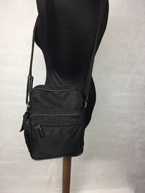 84d0cdb35f4fab Prada Crossbody Bag - *No Minimum Price* - Vintage - Catawiki