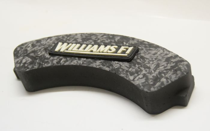 Orig. Williams F1 carbon brake pad / paperweight