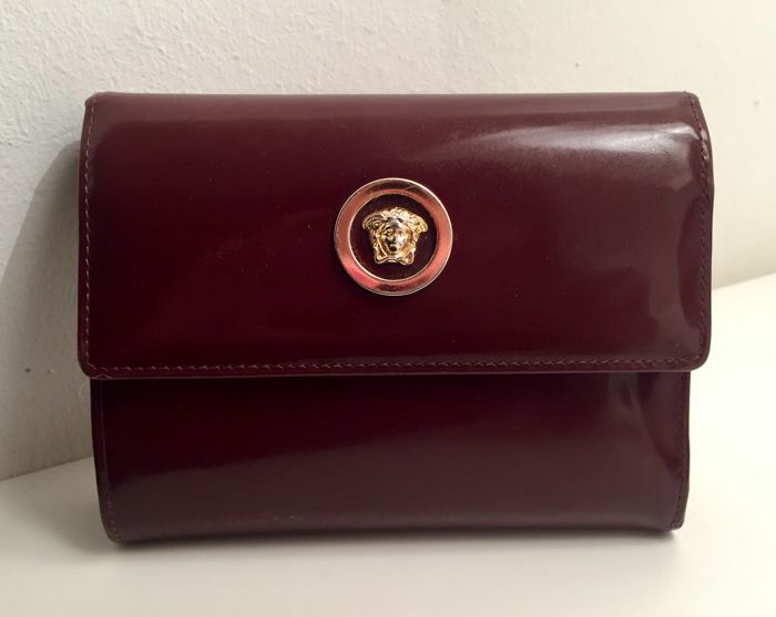 Versace - Leather wallet with Medusa symbol