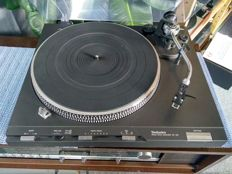 Technics SL-D3 top class direct drive turntable