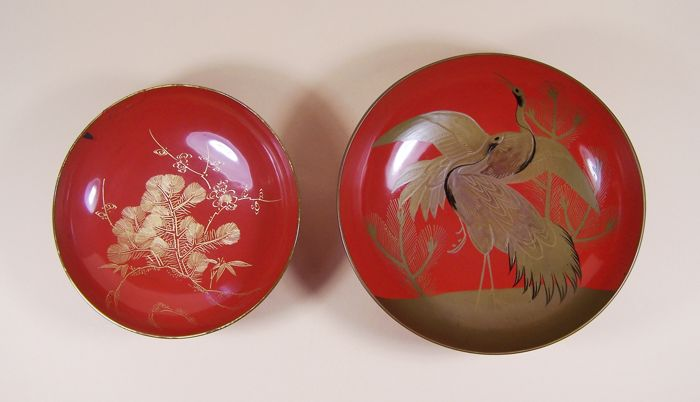 Two red lacquer ware ('urushi') drinking dishes ('sakazuki') meant for the wedding ceremony - Japan - ca 1900-1925