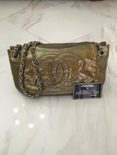 Chanel - Olive Green Patent Leather Borsa