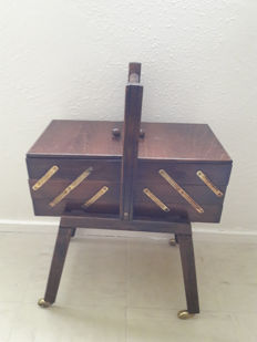 Vintage wooden folding sewing box - 1960