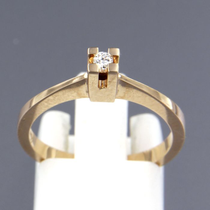 14 kt rose gold solitaire ring, set with a brilliant cut diamond of approx. 0.05 ct in total, ring size: 17.25 (54)