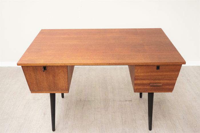 Manufacturer unknown - vintage teak desk