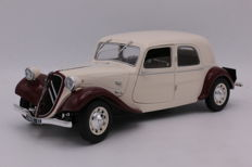 Solido - Scale 1/18 - Citroën - Traction 11CV - 1938