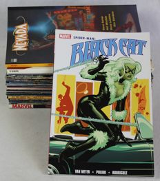 Mixed Collection of Comics and Trade Paperbacks - 33x sc - 1st edition (1974/2010)