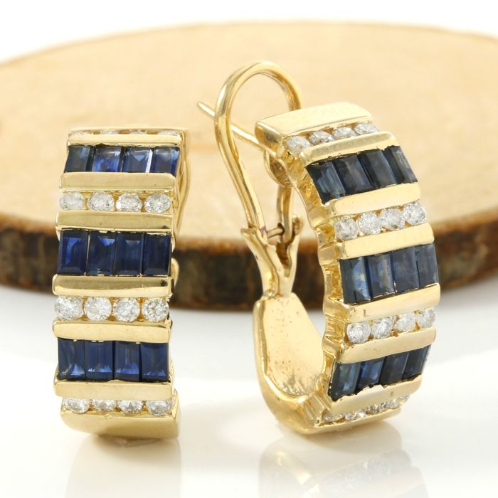 14k Yellow Gold Earrings Set with 2.50 ct Sapphire, 0.75 ct H-I, SI1-SI2 Diamond