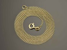 Gold, 18 kt. Necklace. Length 67 cm Weight 5.55 g. No reserve price