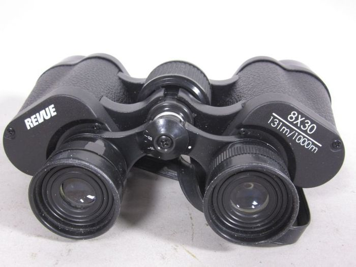 Old Revue prism binoculars 8x30, 131/1000 m, approx. 12 cm H + bag from the 1960s