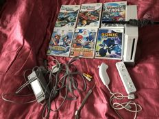 Nintendo Wii with 6 games with learn to draw software and pad