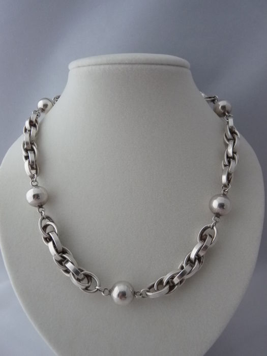 Ladies  925 Silver Necklace. Length: 45 cm.