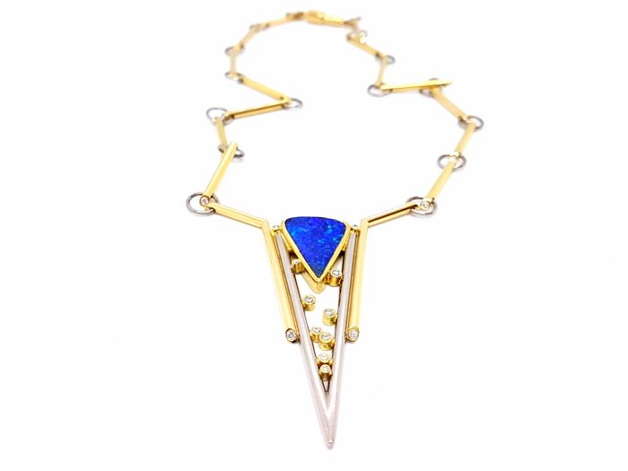 Necklace - 18 kt White and Yellow Gold - Opal - 0.12 ct Diamonds - 42 cm