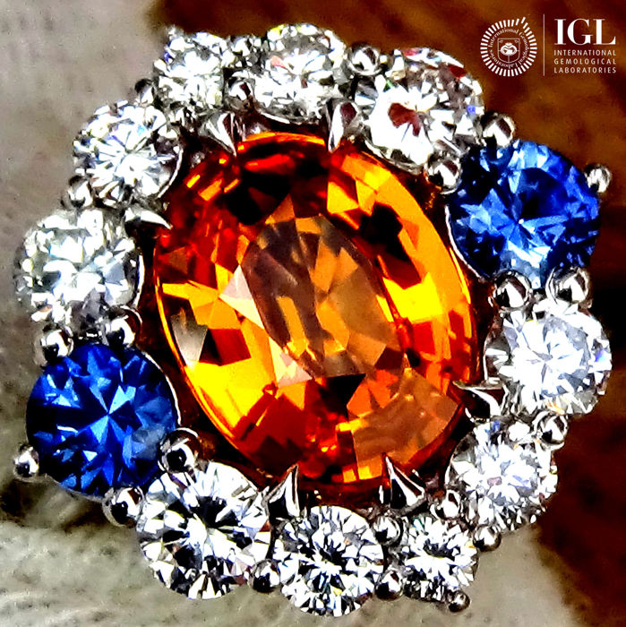 Sapphire Ring 2.81 ct Cocktail Diamond And Natural CEYLON ORANGE SAPPHIRE Gemstone in 18 kt white gold Size 6.5 US / 17 / 53 EU – Certified – No Reserve Price