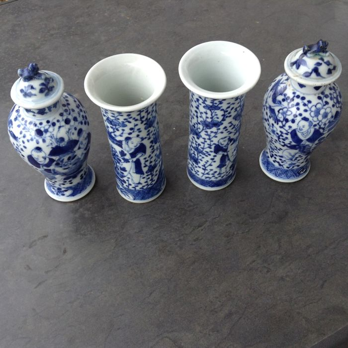 4 part porcelain cupboard set in underglaze blue, China, 19th century.