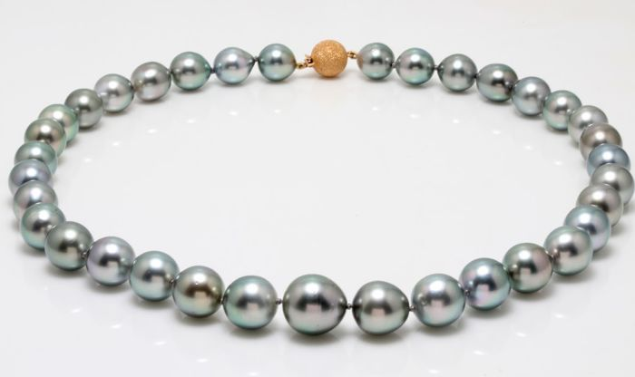 Lustrous 10x13mm Tahitian Pearl Necklace Featuring a Dazzling Rose Gold Ball Clasp - Authenticity Certificate