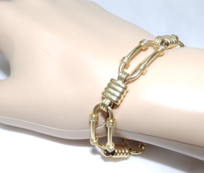 Gold bracelet with oval links 18 kt