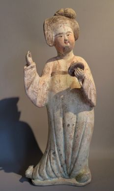 "Chinese Tall pottery ""Fat lady"" from the Tang dynasty - 51 cm high"