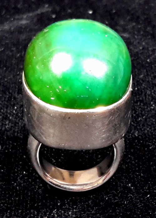 Wonderful Vintage Ring Jade and Silver- 60's - in Silver 925 with Big Jade, massive Ring