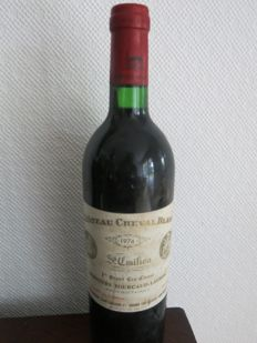1974 Chateau Cheval Blanc, Heritiers Fourcaud - Laussac, Saint-Emilion 1er Grand Cru Classé - 1 bottle