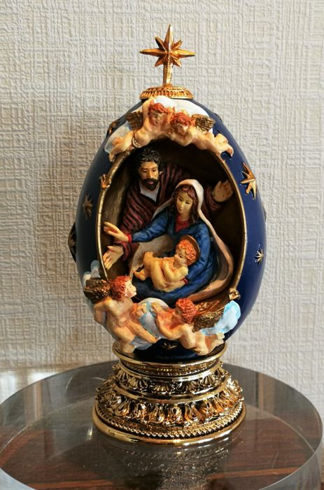 "House of Faberge - Religieuus ei  - ""The Nativity"""