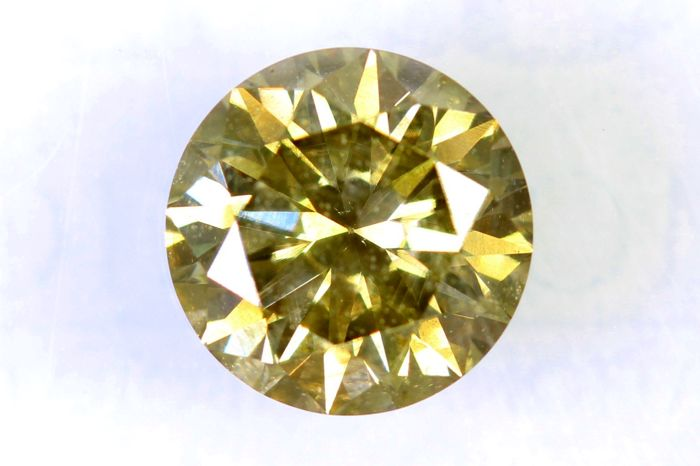 Fancy Intense Greenish Yellow Diamond - 1.24 ct - SI1