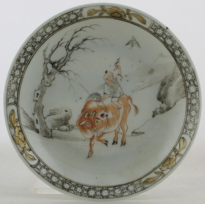 Porcelain Saucer. Encre de Chine decorated, Chinese Export, Yongzheng period c.1730.
