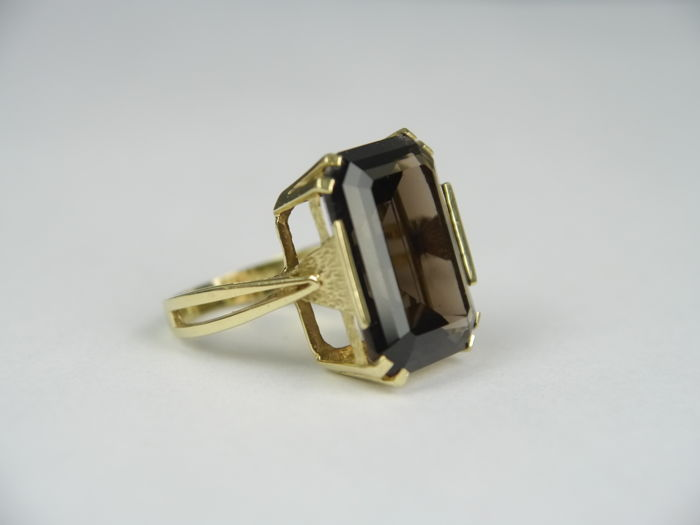 Vintage ladies' gold ring with a smoky quartz (emerald cut) approx. 20.0 kt, 585 gold.