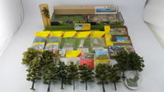Busch, Faller, Heki, Noch TT, H0, N - 1521/35751/15617 - Scenery package with various items o. a diorama