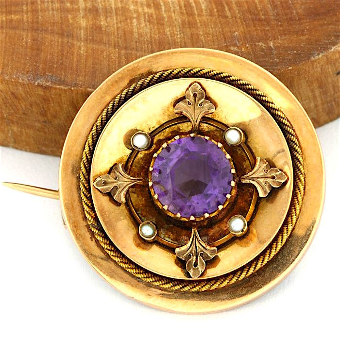 14kt Rose Gold, 5.50 ct Round Brilliant Cut Amethyst, Seed Pearls Pin Brooch