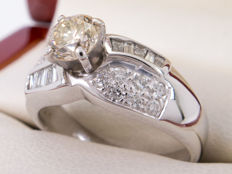 1.04/0.53 Ct solitaire diamond ring - Si to VS clairity. - ***NO Reserve price***