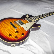 Electric guitar - Epiphone LES PAUL Standard