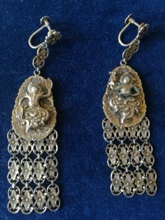 Chinese earrings in gold-plated silver - With hallmark and maker's mark