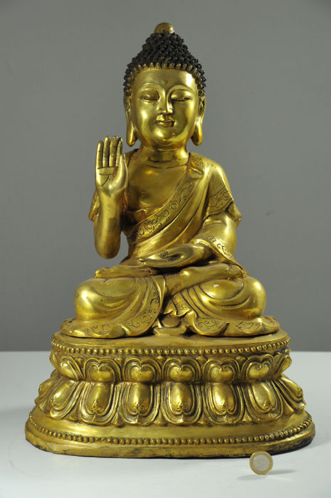 Good quality bronze Buddha with abhaya mudra - China - late 20th Century (45cm)