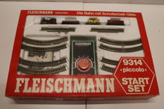 Fleischmann N - 9314 - Train set - with steam locomotive, freight wagons, profi-rails and transformer