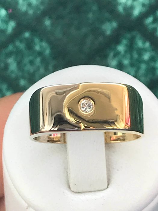 Signet ring in two-tone 18 kt gold set with a diamond - size 62/19.7 mm