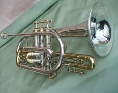 BERKELEY Trumpet - silver/gold coloured.