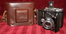 Vintage Zeiss Ikon Super Ikonta 531 Compur Rapid in original bag